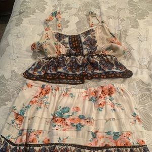 Dresses & Skirts - 2 piece outfit